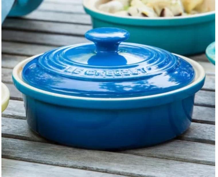 Le creuset cassorole dish in blue