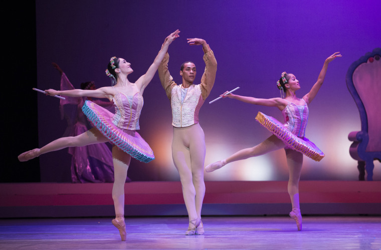 Image: Dancers perform on stage at the National theatre of Santo Domingo in Santo Domingo, Dominican Republic, on Dec. 13.