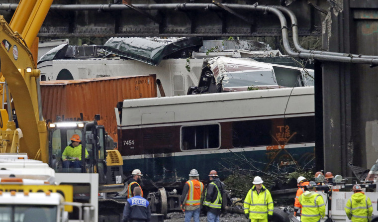 Image: Amtrak Crash Aftermath