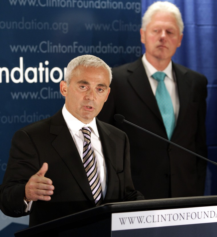 Frank Giustra speaks with former President Bill Clinton announces new initiative for Latin America in New York