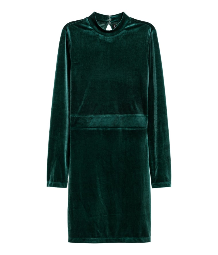 H&M Fitted Velvet Dress in Dark Green