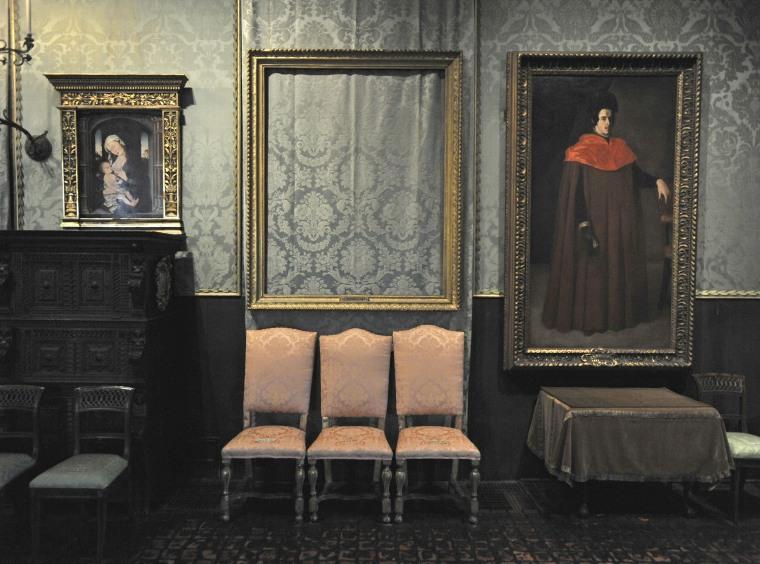 Image: Largest art heist