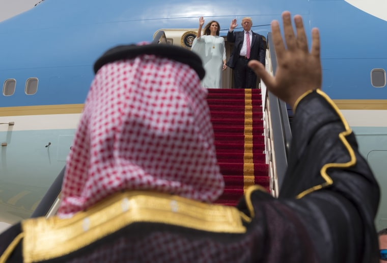 Image: Trump in Riyadh