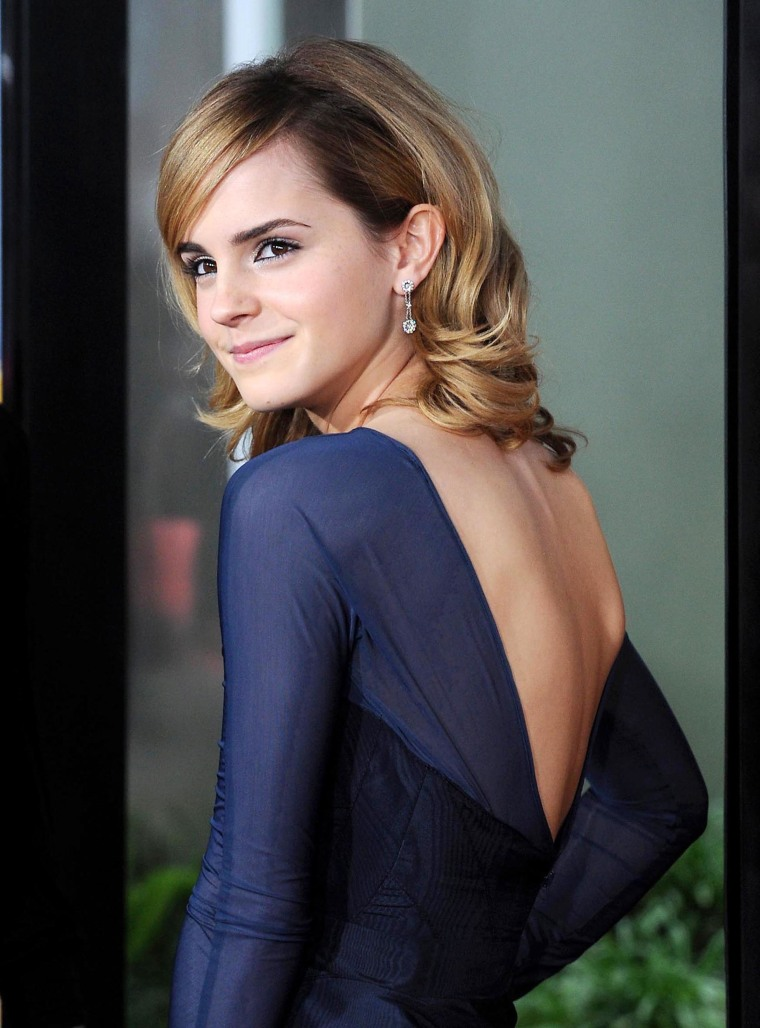 EMMA WATSON AT THE PREMIERE OF 'THE TALE OF DESPEREAUX'