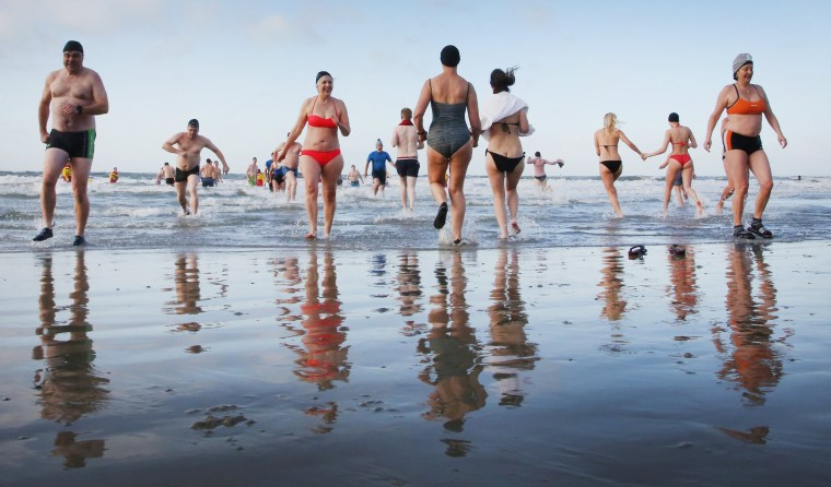 Image: New Year's Swim on Norderney island