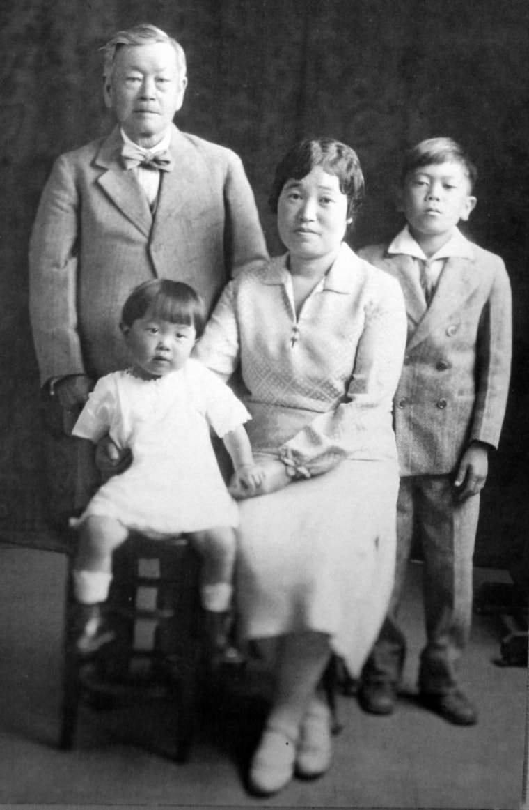Kanaye Nagasawa pictured with his grandniece Amy Mori, grandnephew Kosuke Ijichi, and his niece Hiro Ijichi.