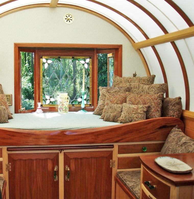 Trillium Caravan bedroom photo