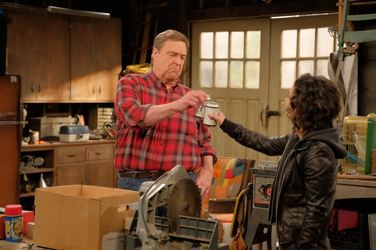 "John Goodman and Sara Gilbert on ""Roseanne"""