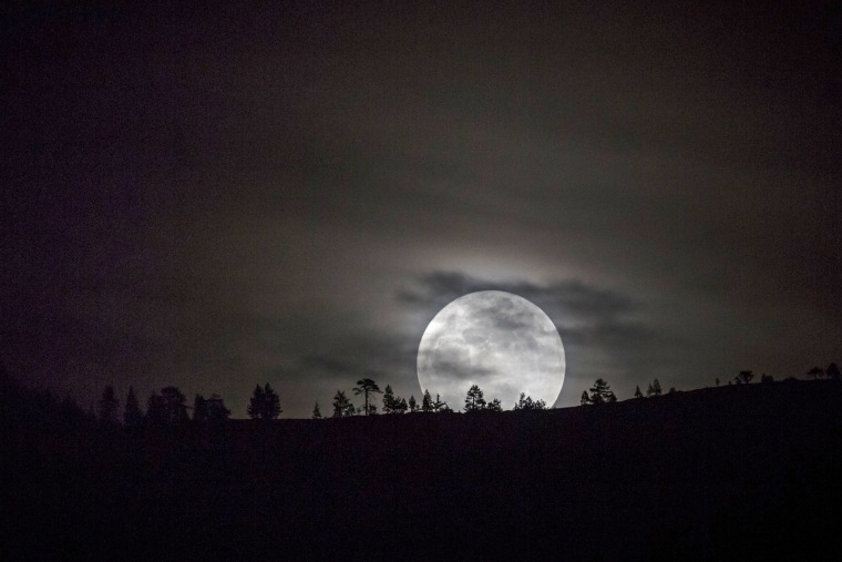 Image: Super Moon