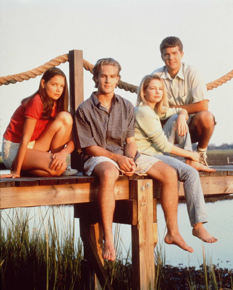 The cast of television's 'Dawson's Creek' poses for a photo in 1997