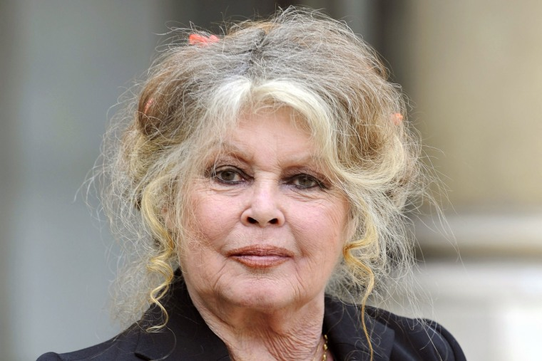 Brigitte Bardot faces lawsuit over 'racist' comments about French island