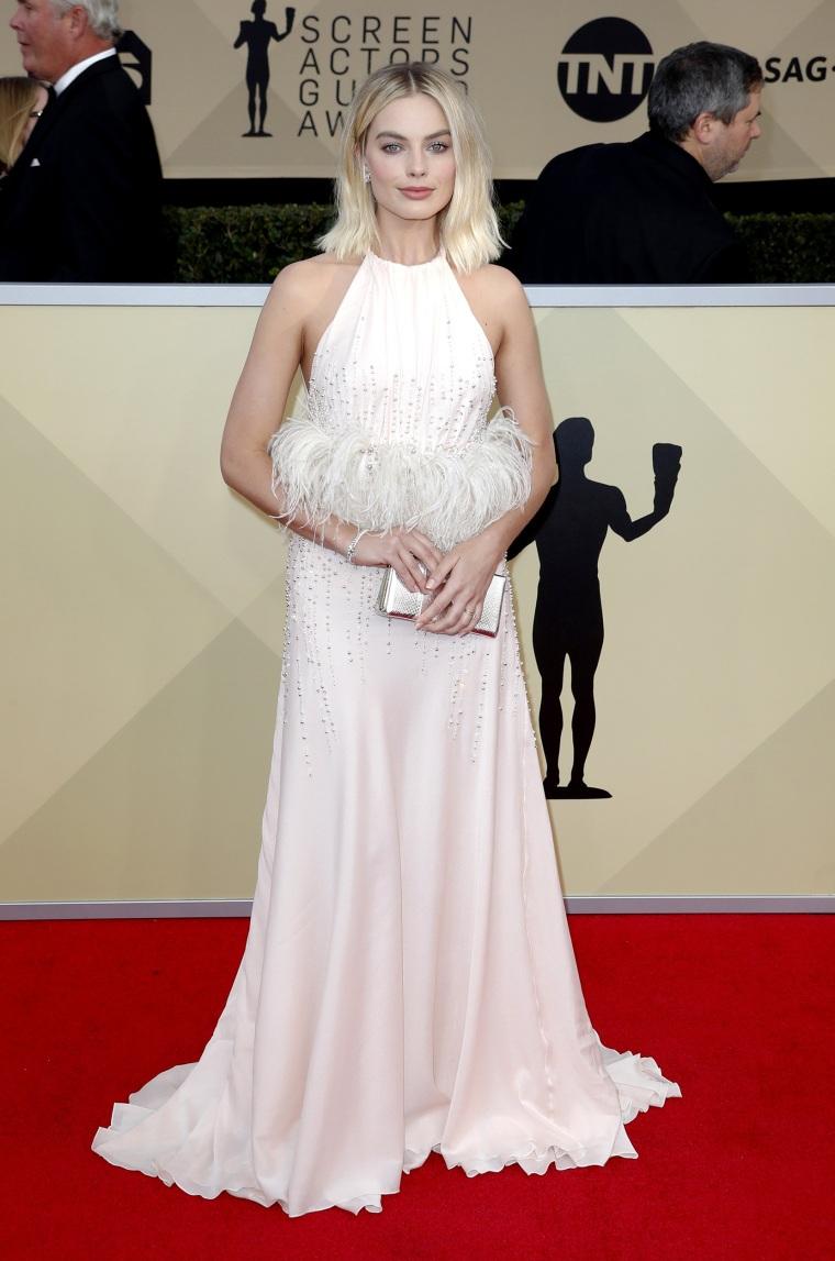 Margot Robbie SAG Awards photo