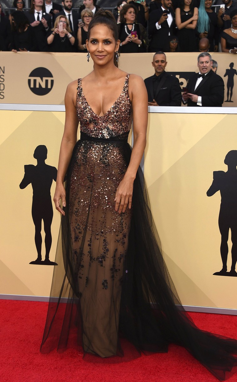 Halle Berry at the 2018 SAG Awards