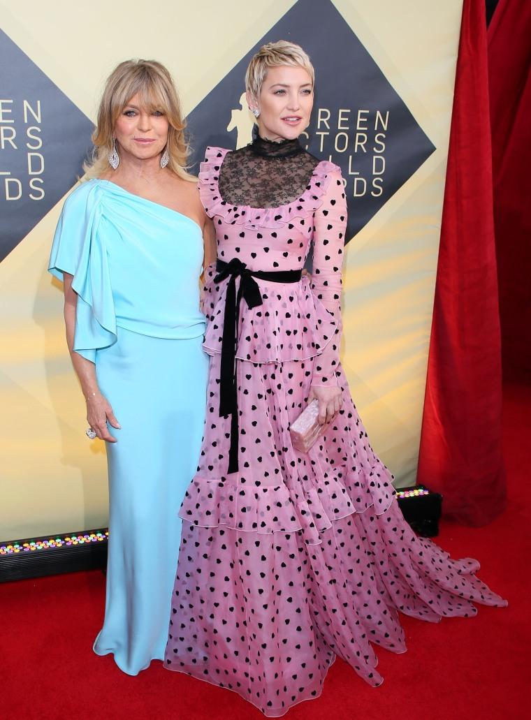 Goldie Hawn and Kate Hudson at the 2018 SAG Awards
