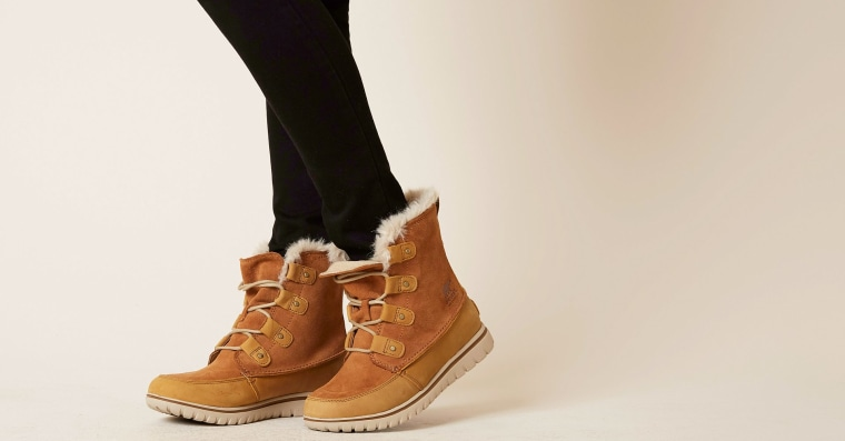 Sorel boots in brown