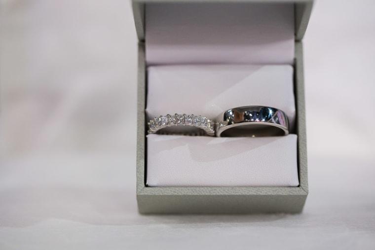 Radiant band wedding ring