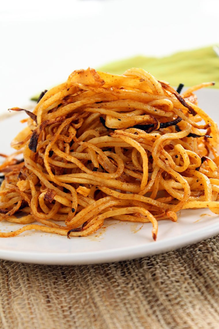 Image: Spicy spiralized shoe string jicama fries