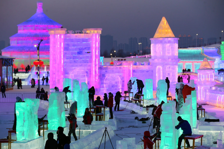 Image: Ice sculpture competition of the 34th Harbin International Ice and Snow Festival