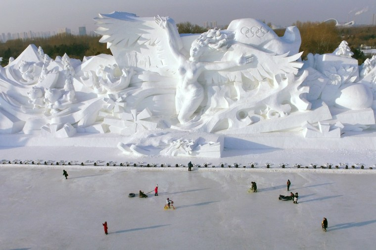 Image: 34th Harbin International Ice and Snow Sculpture Festival