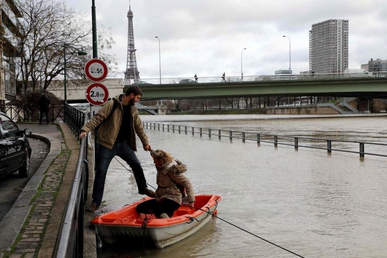 Image: FRANCE-WEATHER-FLOODS