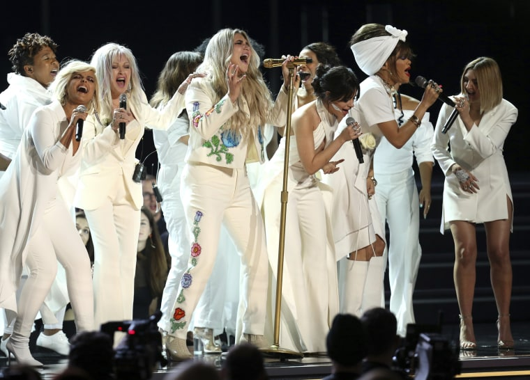 Image: Kesha at Grammy Awards