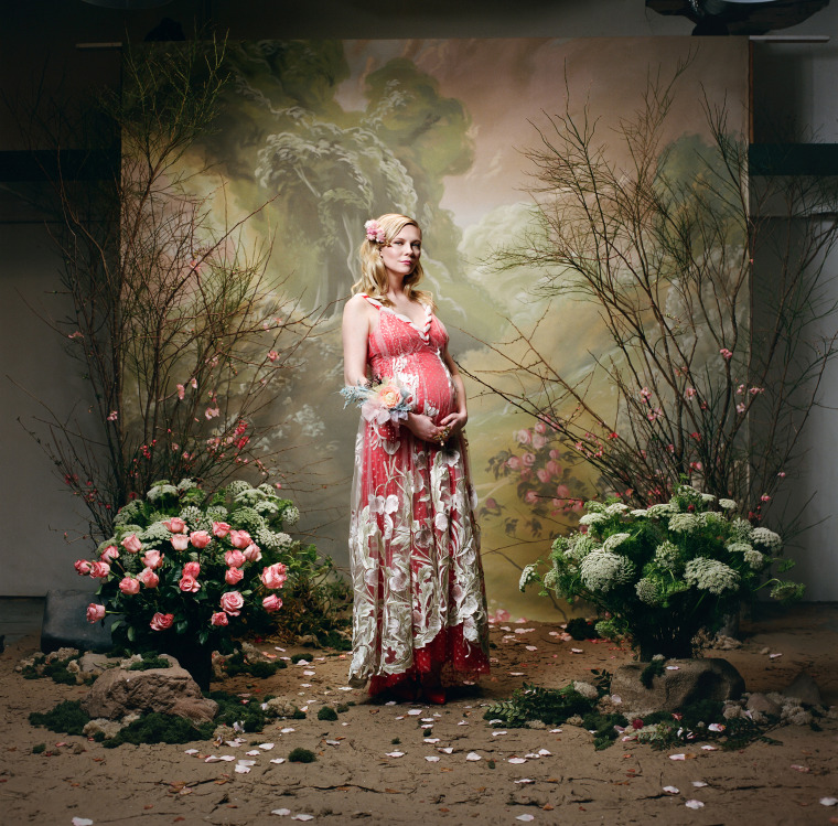 Kirsten Dunst also appeared in the brand's images. Talk about a maternity photo shoot!