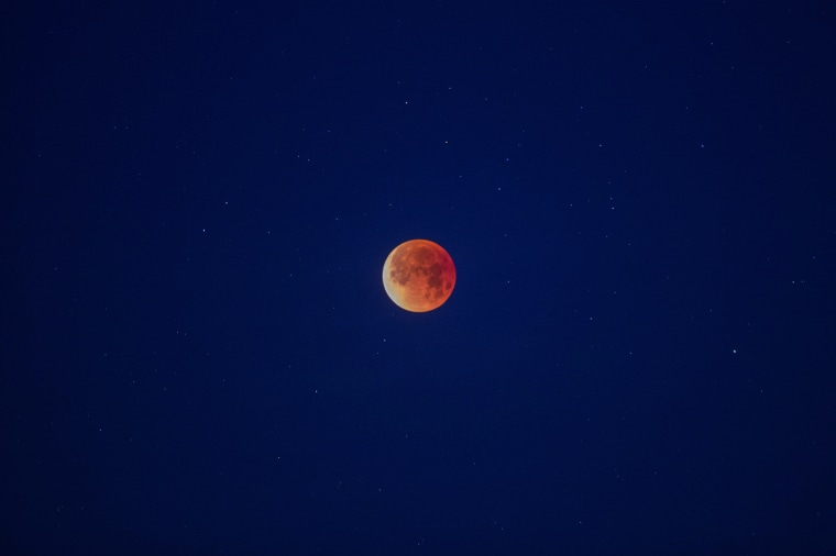 "Image: Rare ""Super Blue Blood Moon"" Makes Appearance On U.S. West Coast"