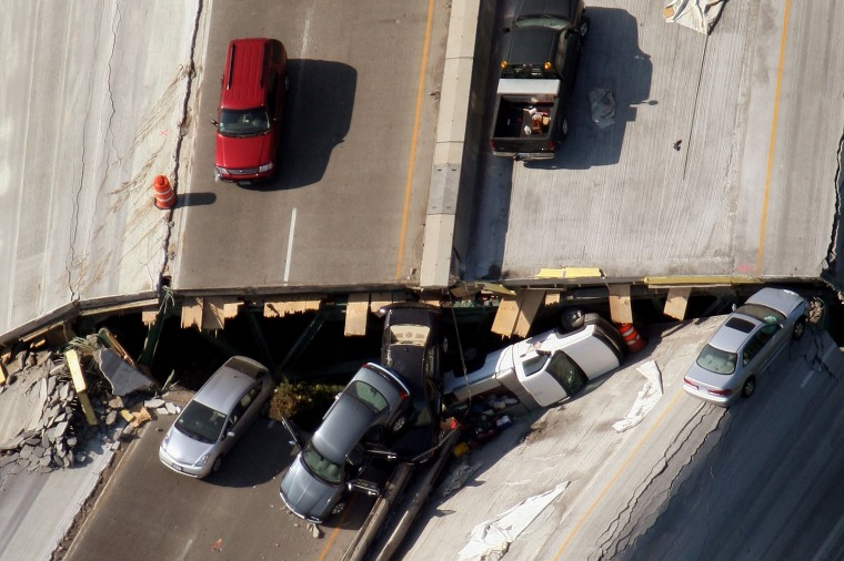 Image: Major Freeway Bridge Collapses In Minneapolis During Rush Hour