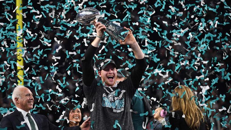 Image: AMFOOT-NFL-SUPERBOWL-EAGLES-PATRIOTS