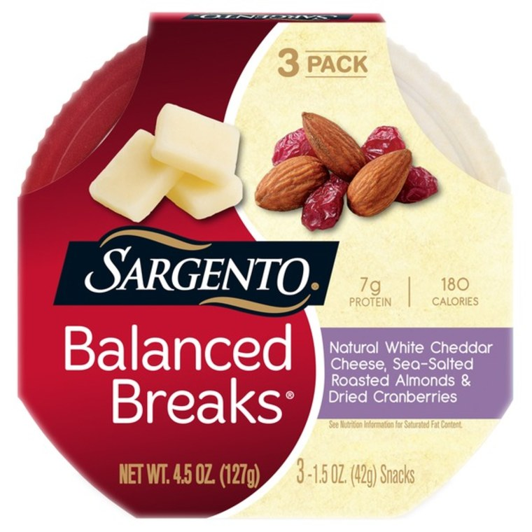 Sargento Balanced Breaks Natural White Cheddar Cheese with Almonds and Dried Cranberries