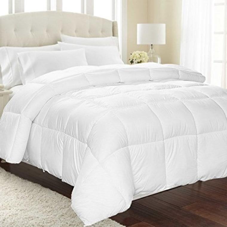 Equinox alternative down comforter on bed