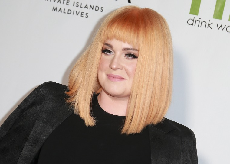 Kelly Osbourne orange hair 2017