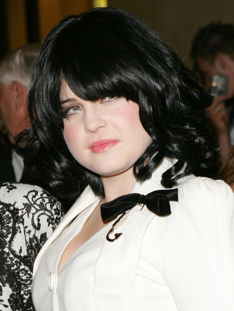 Kelly Osbourne 2005 with dark hair