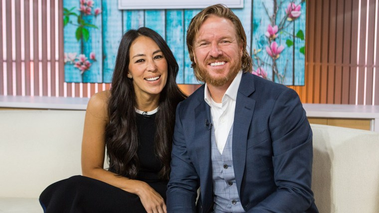 Fixer Upper, Chip and Joanna Gaines, apology from writer who questioned their parenting priorities