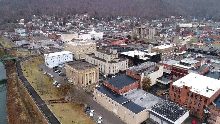 Image: The town of Williamson, West Virginia.