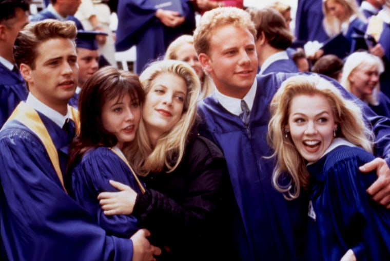 BEVERLY HILLS, 90210, 1990-2000, Jason Priestley, Shannen Doherty, Tori Spelling, Ian Ziering, Jenni