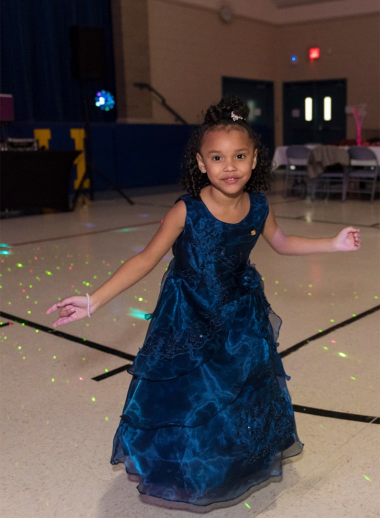 Soldier Escorts Daughter of Fallen Serviceman to Daddy-Daughter Dance