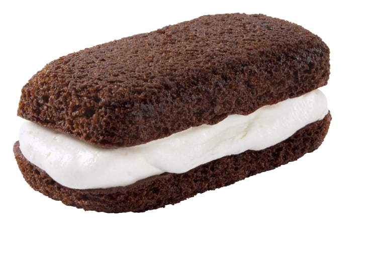 Hostess's latest Suzy Qs cake, re(re)released Tuesday, has soft, round edges, double the creme, and double the cake!