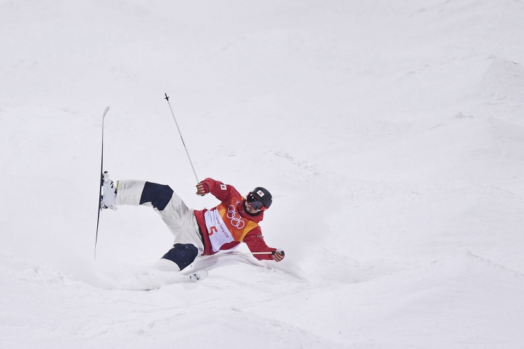 Image: Freestyle Skiing - Winter Olympics Day 3