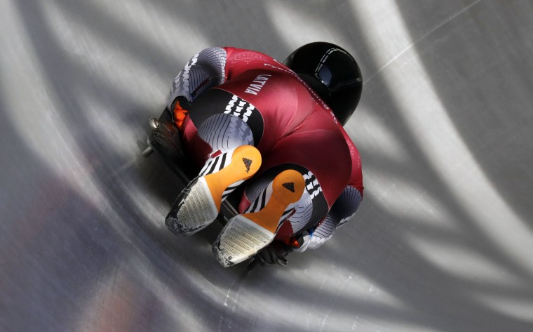 Image: Men's Skeleton