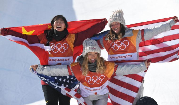 Image: Women's Snowboard Halfpipe Finals