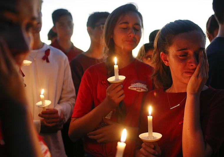 Image: FLorida School Shooting Vigil