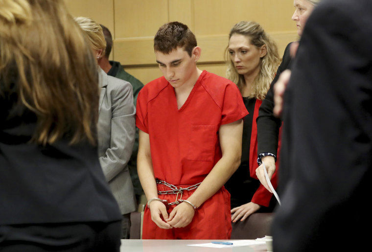 Image: Nikolas Cruz appears in court
