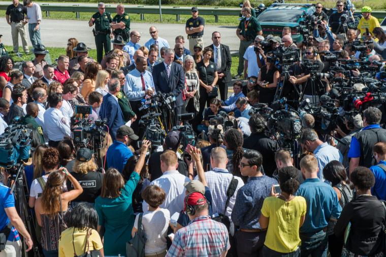 Image: Parkland shooting media coverage