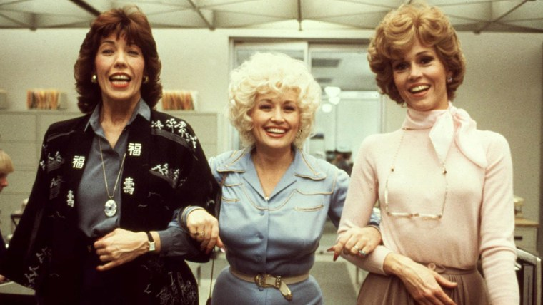 NINE TO FIVE, (aka 9 TO 5), Lily Tomlin, Dolly Parton, Jane Fonda, 1980. TM and Copyright (C) 20th Cen