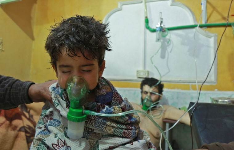 Image: Child receives treatment in eastern Ghouta on Sunday