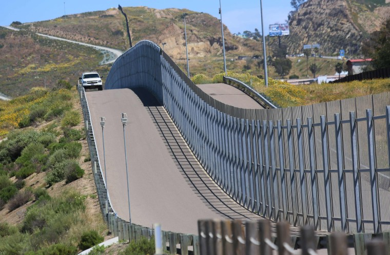 Image: California Border Wall