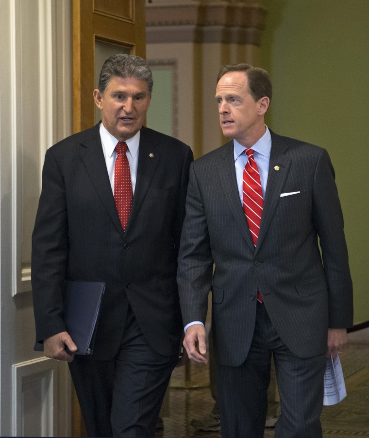 Image: Pat Toomey, Joe Manchin