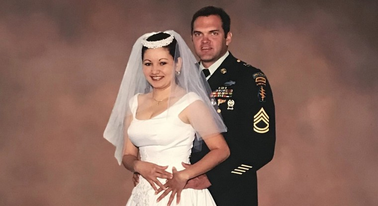 Image: Special Forces vet's wife faces deportation as Department of Defense tightens immigration policy