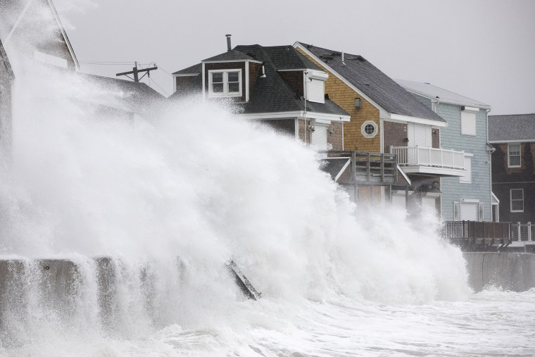 Image: BESTPIX - Large Coastal Storm Brings High Waters And Strong Winds To Northeastern Seaboad